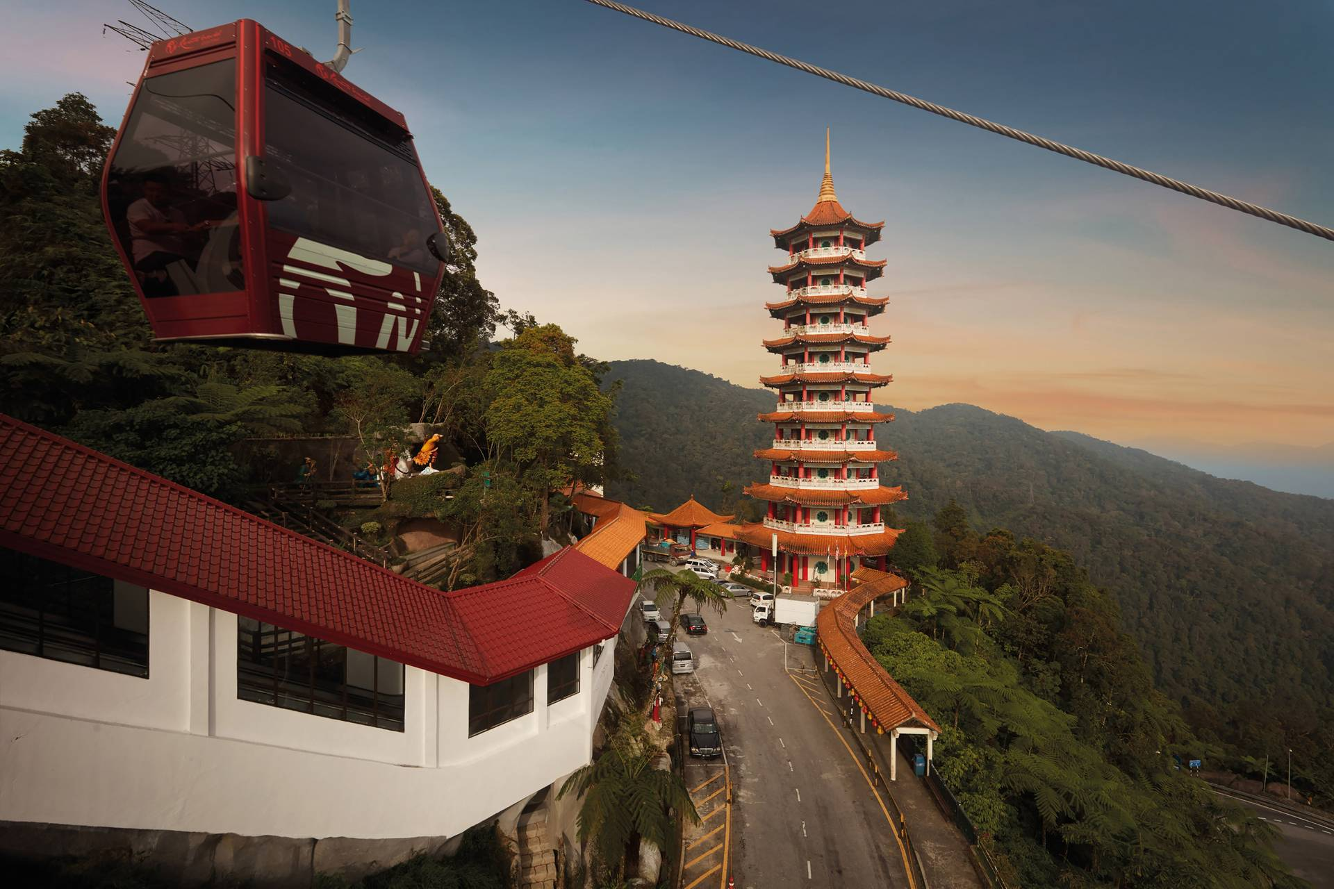 One day tour to Genting Highlands with Batu Caves from Kuala Lumpur
